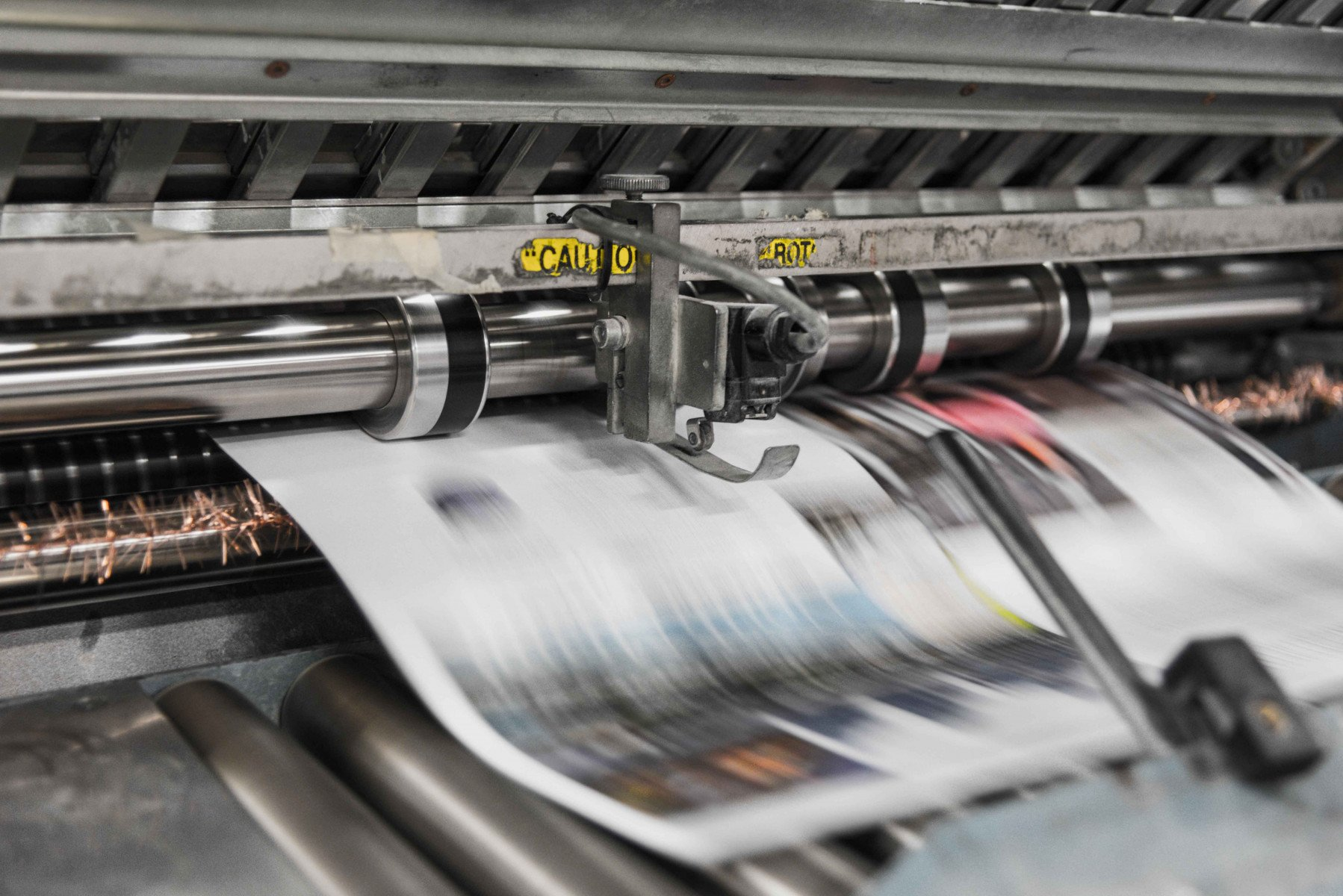 Haaretz Newspaper Increases Sales With AuraPlayer's Robotic Process Automation Tool